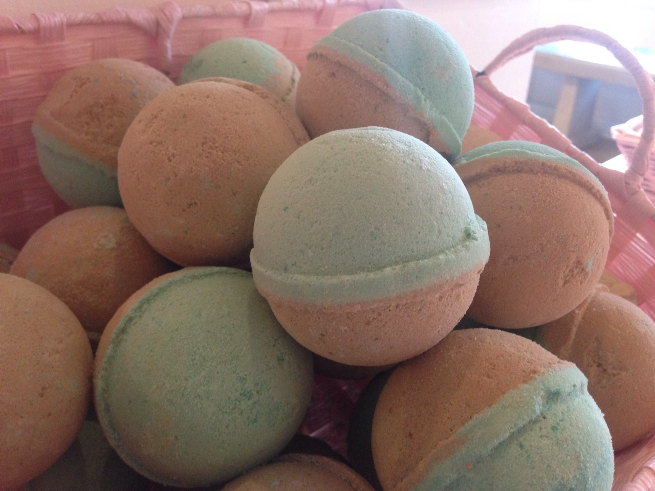Chocolate Mint Bath Bombs